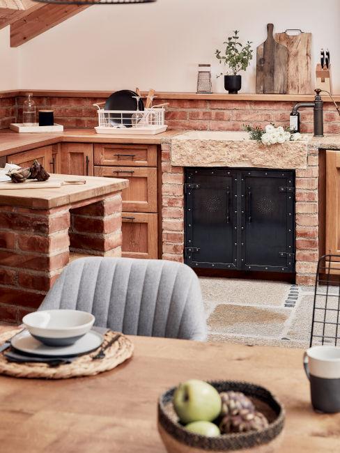 cucina e sala da pranzo rustica