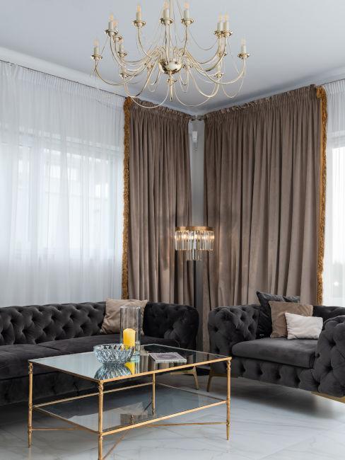 lampadario e decorazioni barocche per sala