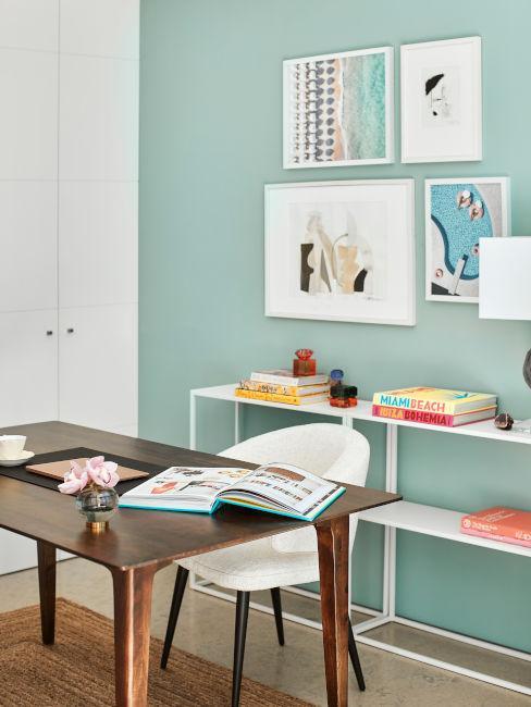 Home office colorato