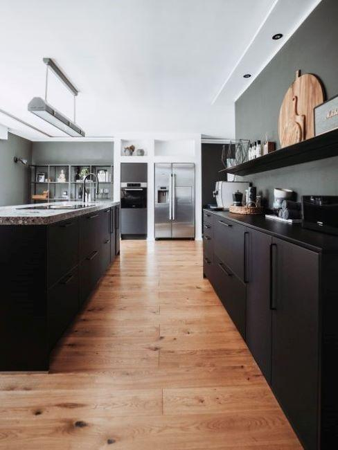 cucina moderna toni scuri