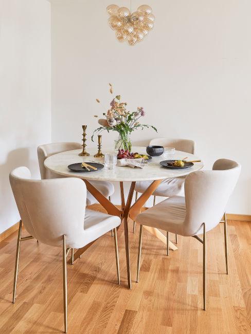 Tavolo rotondo per la sala da pranzo