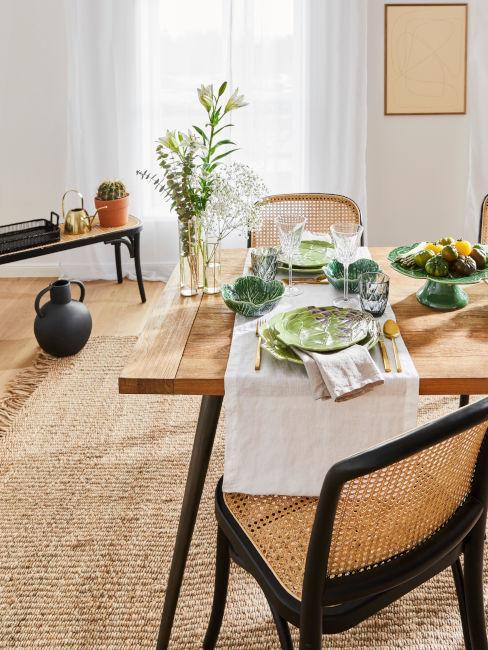 tavola estiva toni verde