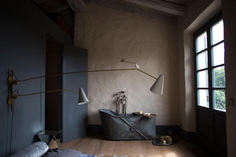 Camera da letto moderna industriale
