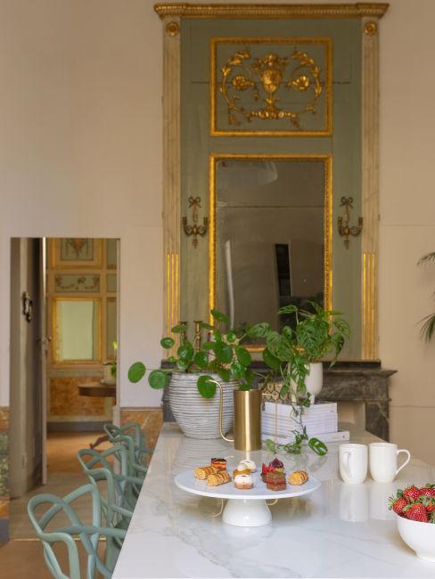 Boiserie in sala da pranzo