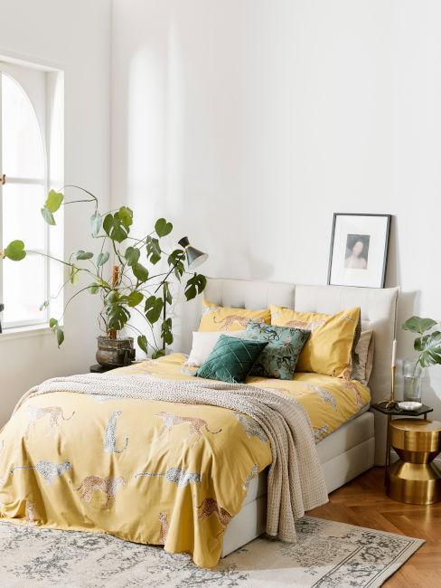 camera da letto arredata in stile africano