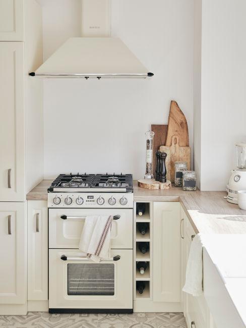 cucina rustica chiara