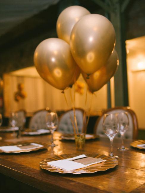 decorazioni tavola per cena festa di laurea