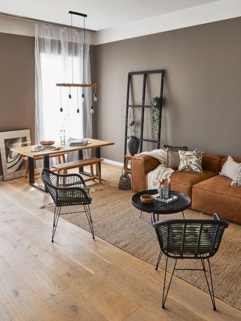 soggiorno con zona living e dining