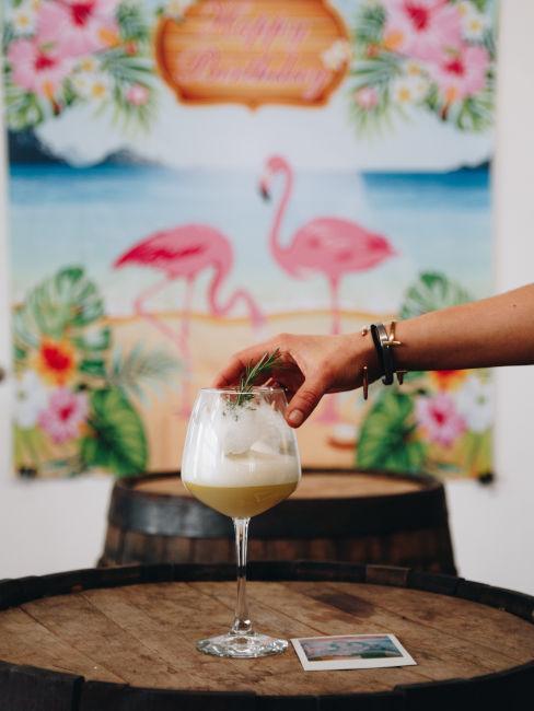 cocktail tropicale a base di frutta