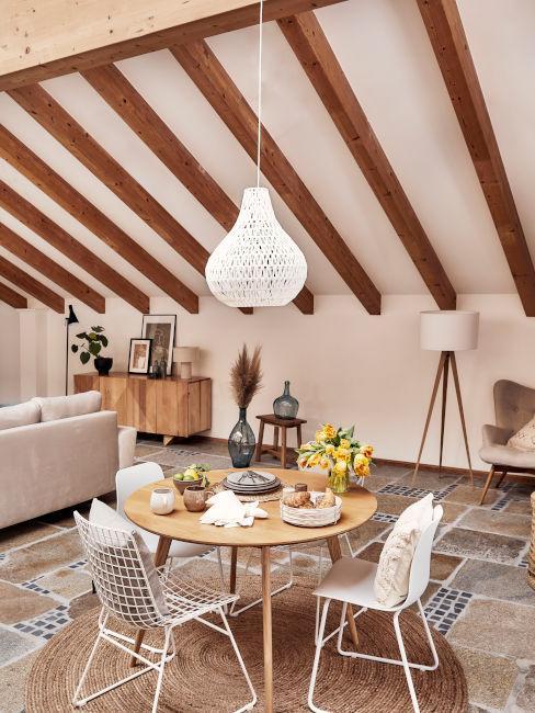 travidi legno soffitto in soggiorno