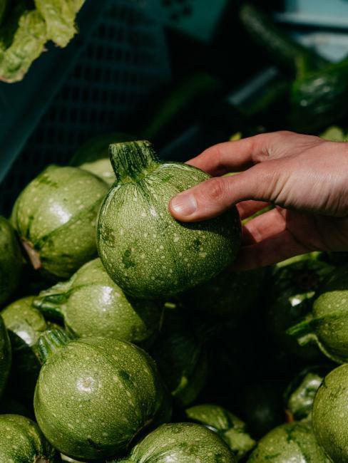 comprare frutta e verdure di stagione