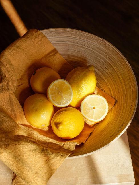 cestino con limoni
