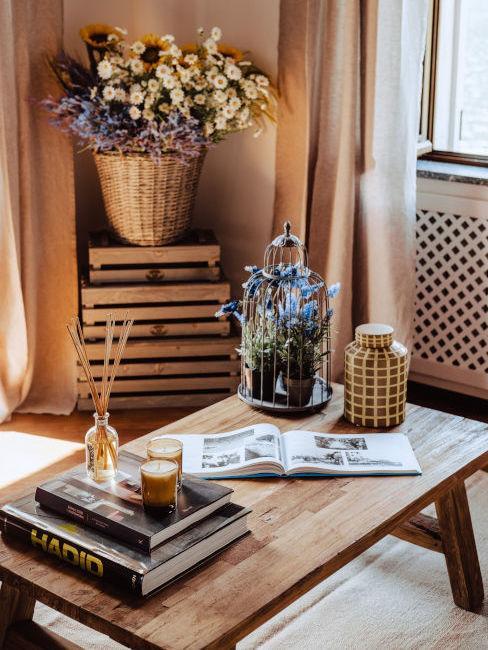 Tavolino da soggiorno in legno