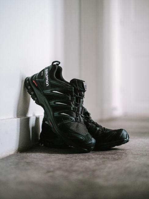 scarpe da trekking nere