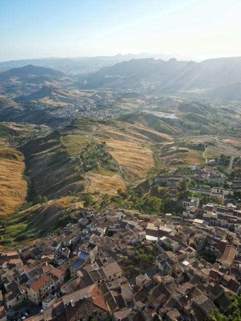 paesaggio italiano visto dall'alto