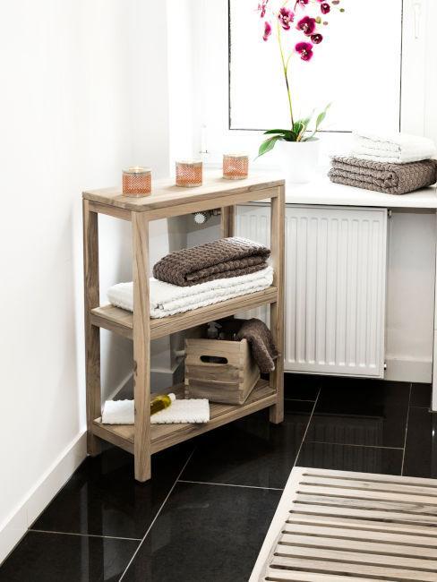 mobiletto di legno per bagno