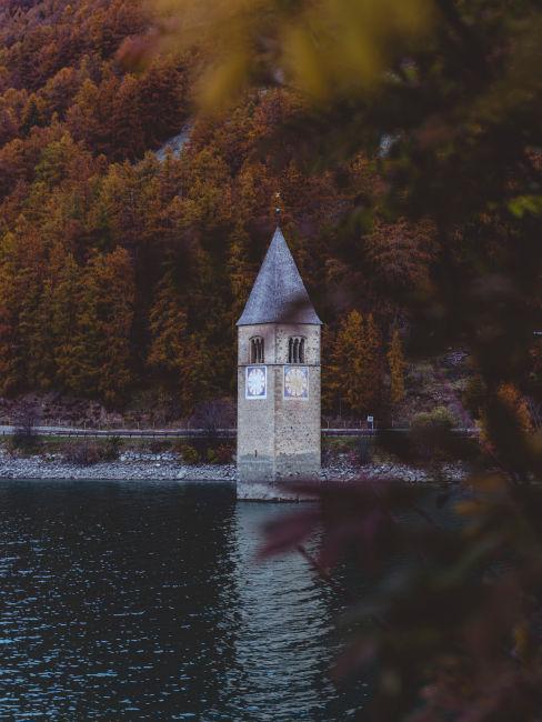 lago di Resia in Italia