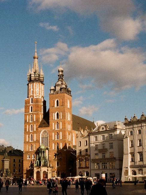 chiesa piazza principale di cracovia