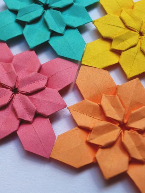 origami a forma di fiori