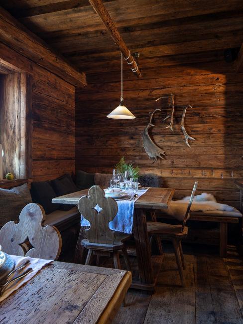 Sala da pranzo in legno