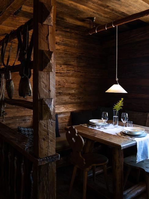 Sala da pranzo rustica in legno