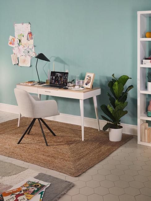 scrivania stile shabby con pianta laterale