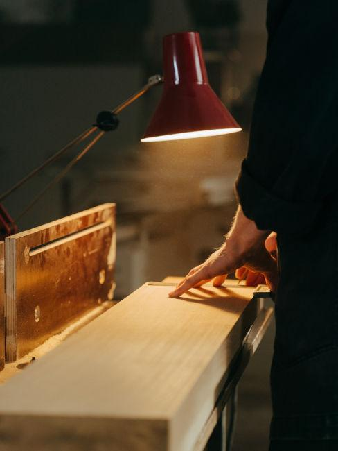 levigare legno