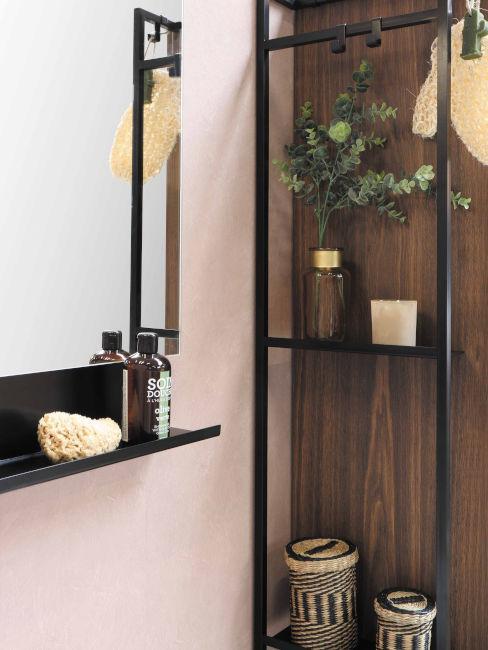 mensole bagno nere su parente in legno