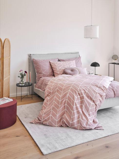 camera da letto rosa
