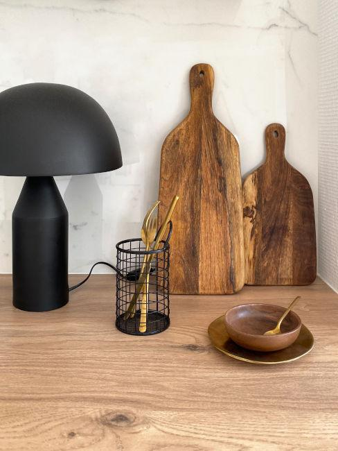 top cucina in legno chiaro