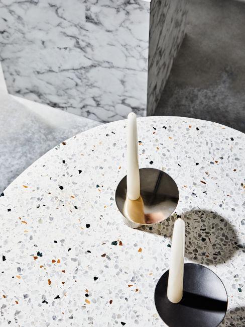 tavolino rivestito con metodo terrazzo
