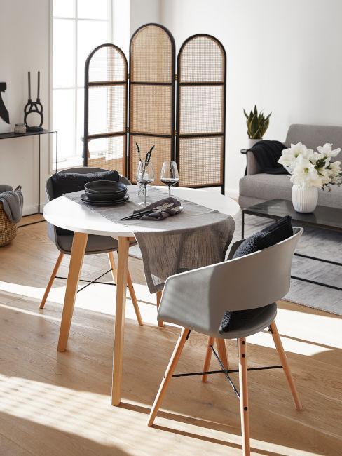 tavolo in legno di betulla