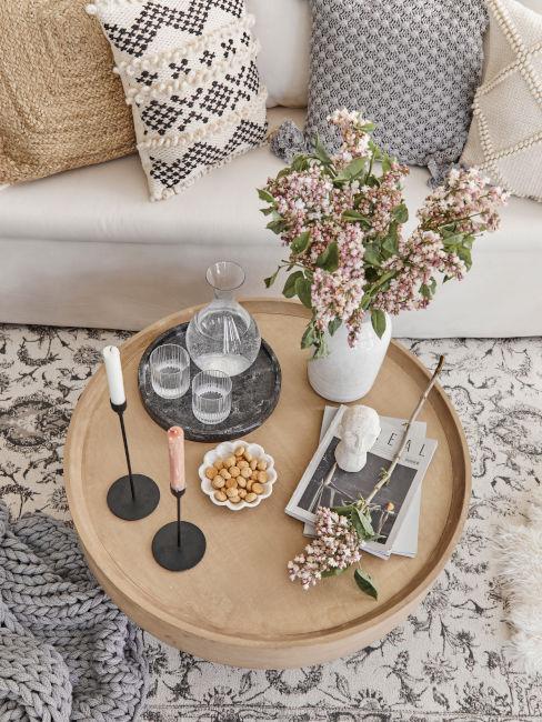 tavolino basso per il soggioreno in legno