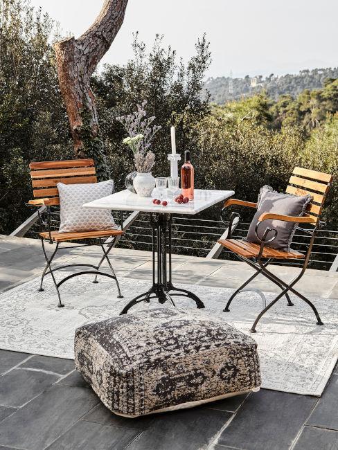 sedie in legno per spazi outdoor