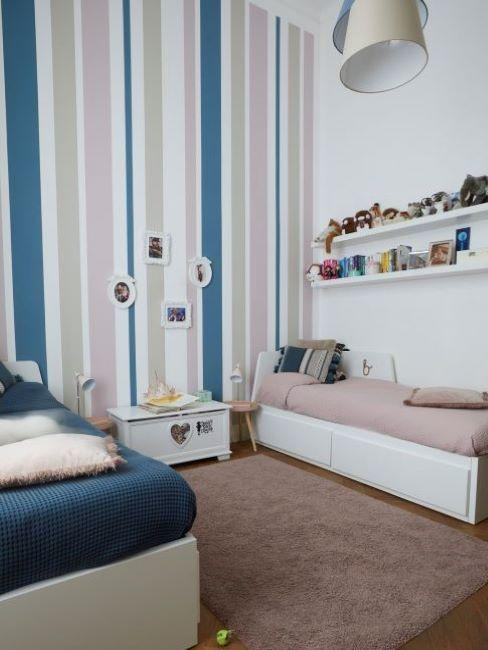parete cameretta con righe colorate