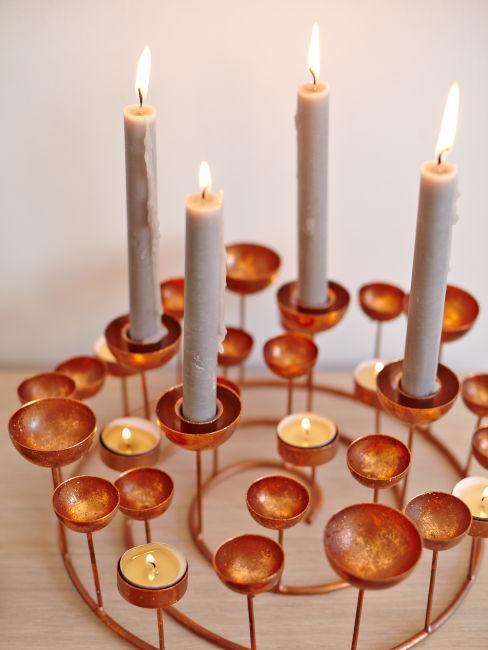 candelabro di desing color bronzo