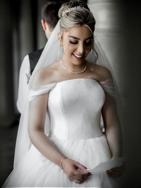 Vestito da sposa semplice