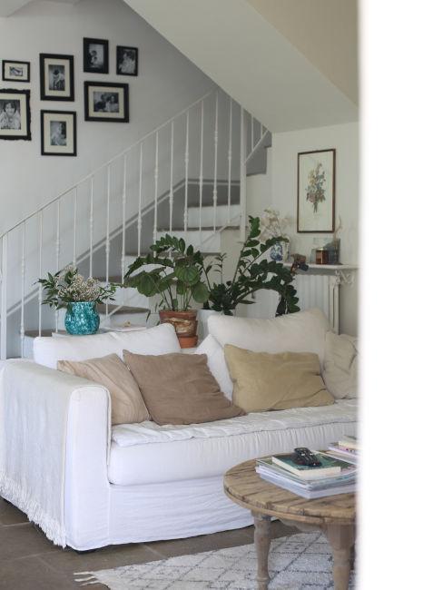 Quadri sulle scale di casa