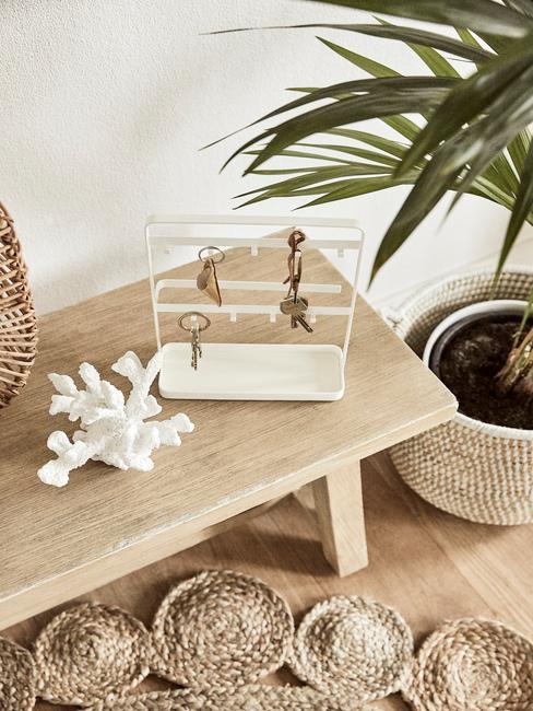 Tip tegen stress: houten zitbank