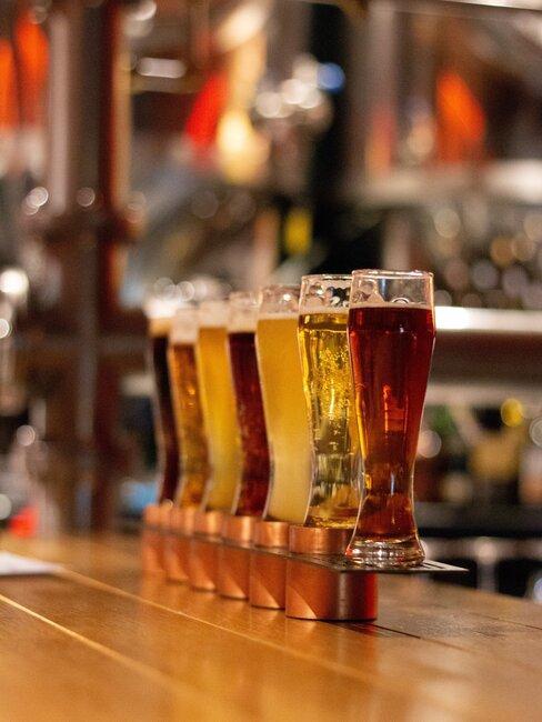 verschillende biersoorten in glazen