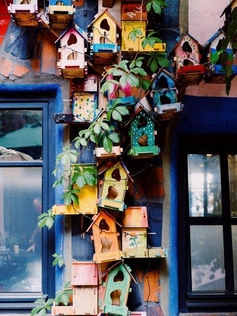 vogelhuisjes in verschillende kleuren