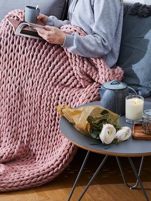 Zo maak je een gezellige en knusse leeshoek bij jou thuis