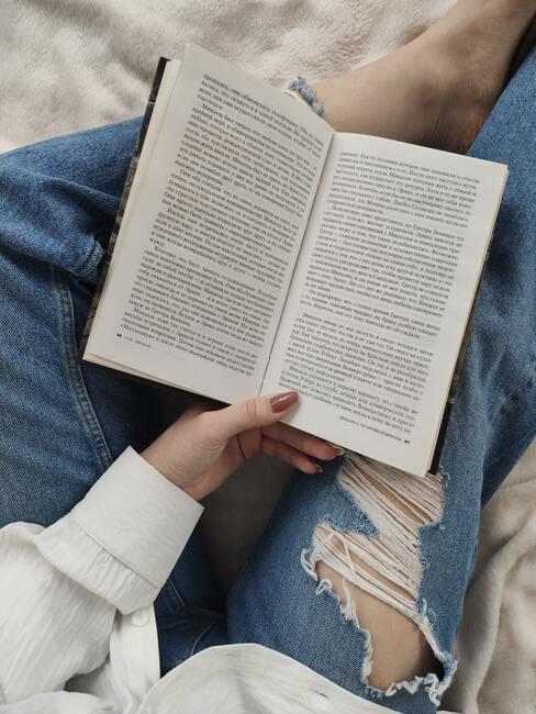 door lezen kom je tot rust, zo maak je je eigen leeshoek in huis