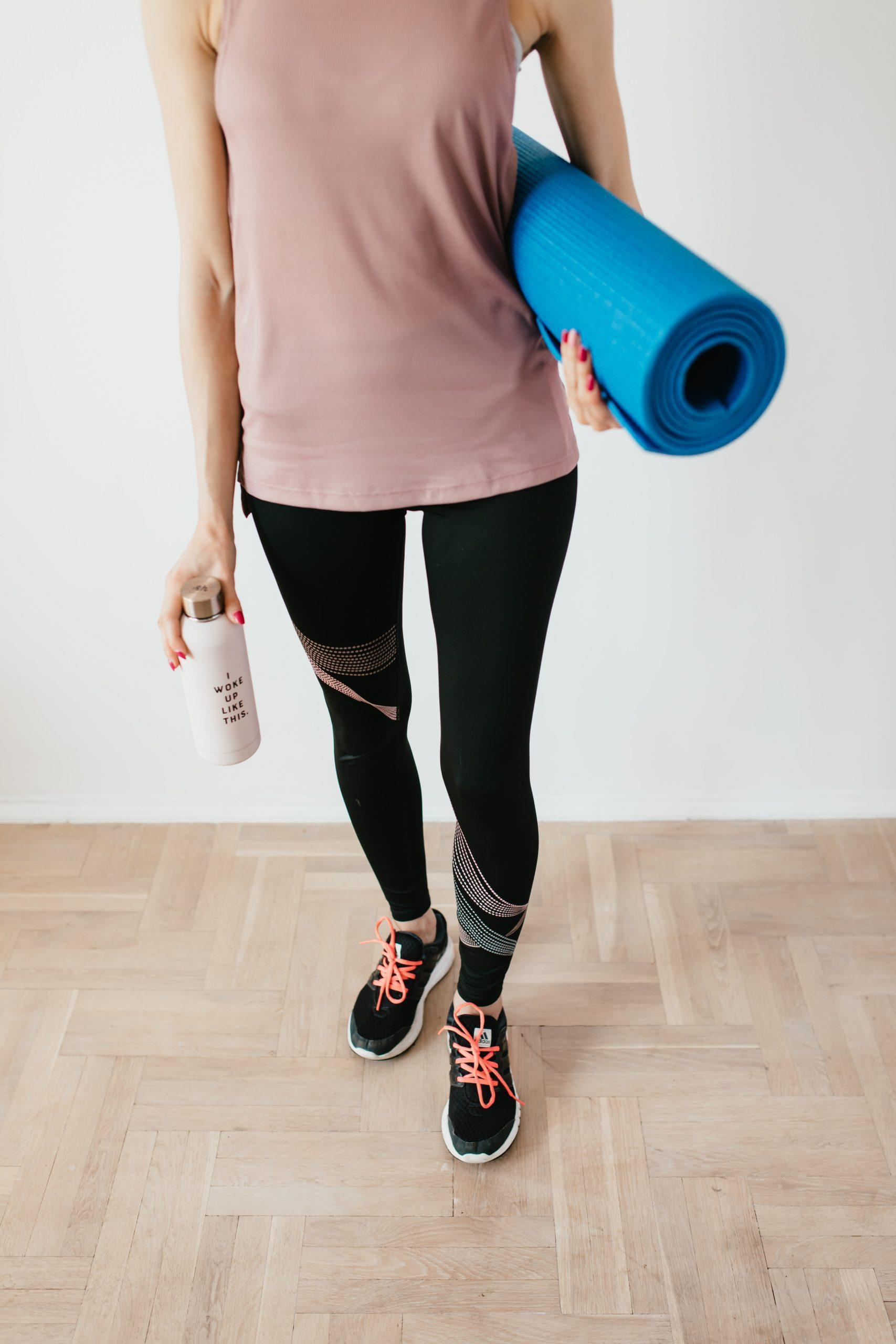 sportoutfit, sportschoenen, mat