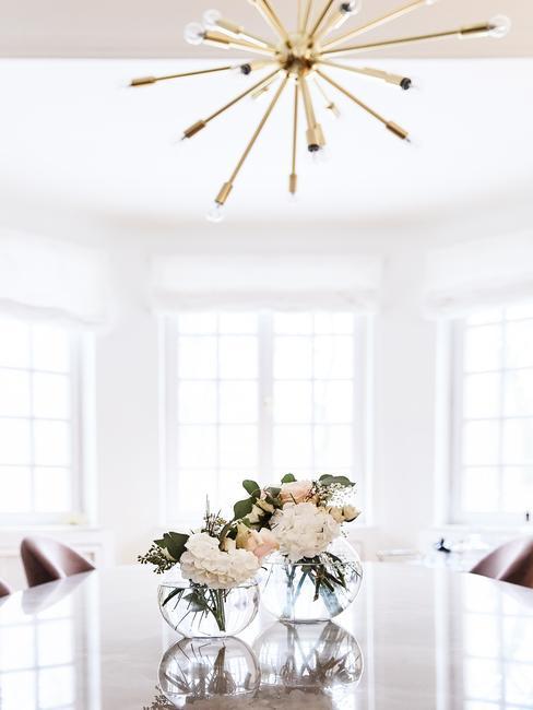 Hanglamp boven eettafel