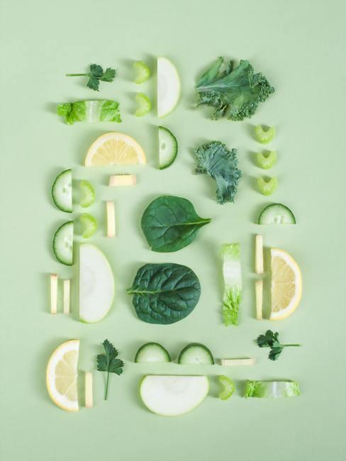 Groene ingredienten voor een gezichtsmasker