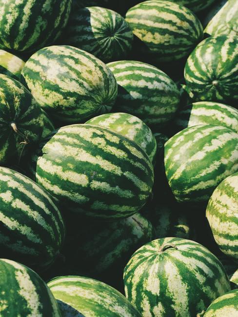 watermeloenen op een stapel