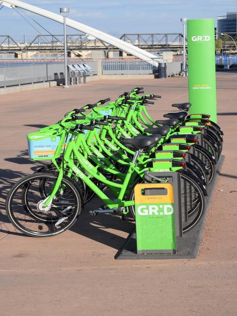 Elektrisch rijden op groene fietsen