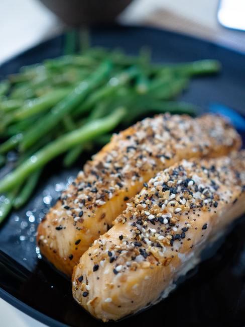 Gefrituurde vis met groene boon