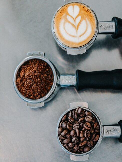 koffiebonen en koffie